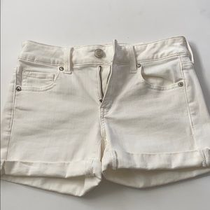 White American Eagle high waisted Shorts